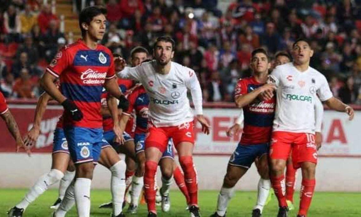 Chivas cerró su pretemporada de forma invicta: venció a Necaxa