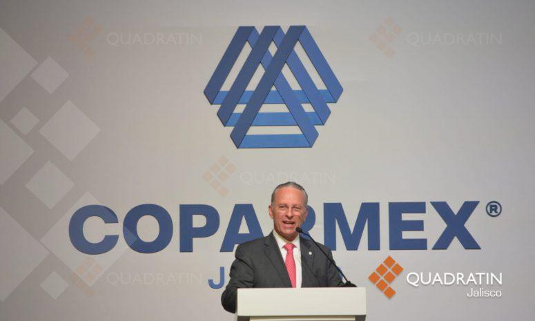 Llama Coparmex a separar poderes y defender la Constitución